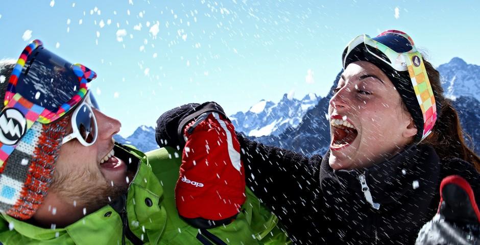 Couple séjour de ski