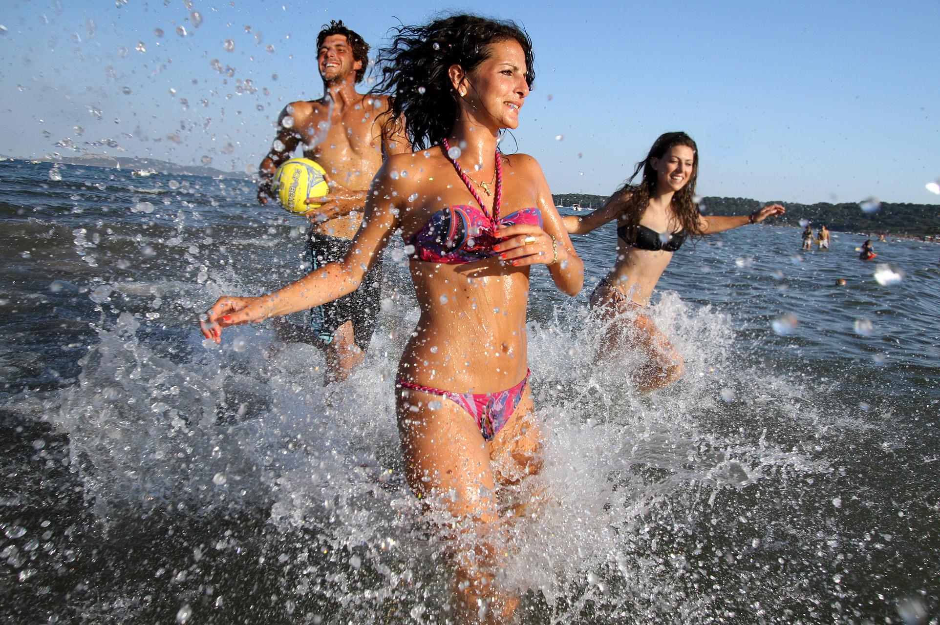 Groupe jeux de plage